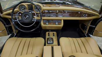 Mercedes 300d interior junkyard treasure 1985 mercedes for Mercedes benz restoration center