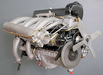 Mercedes 300 SL engine restoration
